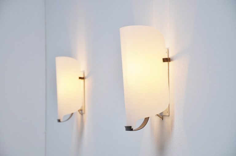 Italian lucite sconces in the manner of Gino Sarfatti Italy 1950