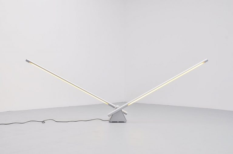 Rodolfo Bonetto Sistema flu lamp for Luci 1981
