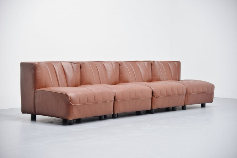 Tito Agnoli Arflex element sofa mode 9000 Italy 1969