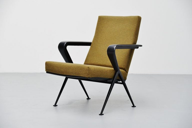 Friso Kramer Repose chair Ahrend de Cirkel Holland 1959