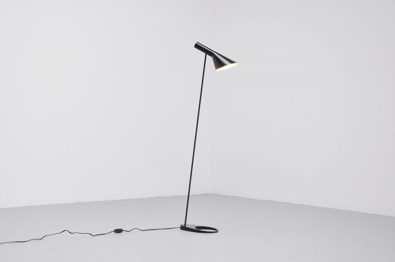 Arne Jacobsen Visor floor lamp for Louis Poulsen 1958