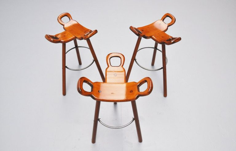 Spanish brutalist stools set of 3 Marbella 1970