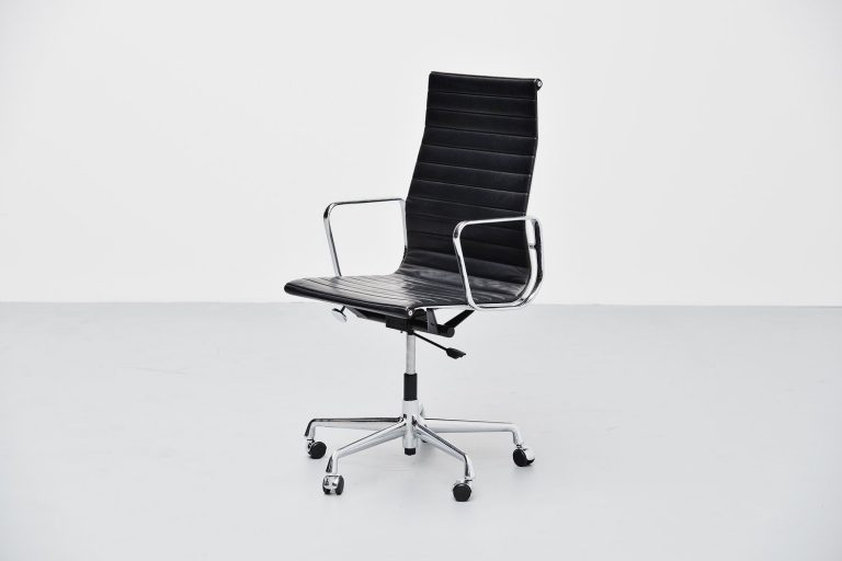Charles Eames EA119 desk chair in black leather Vitra