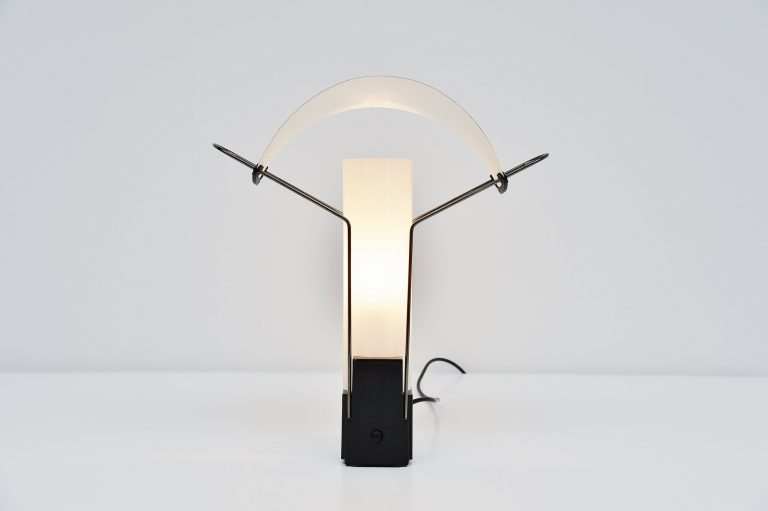 Palio table lamp Arteluce Perry King & Santiago Miranda 1985