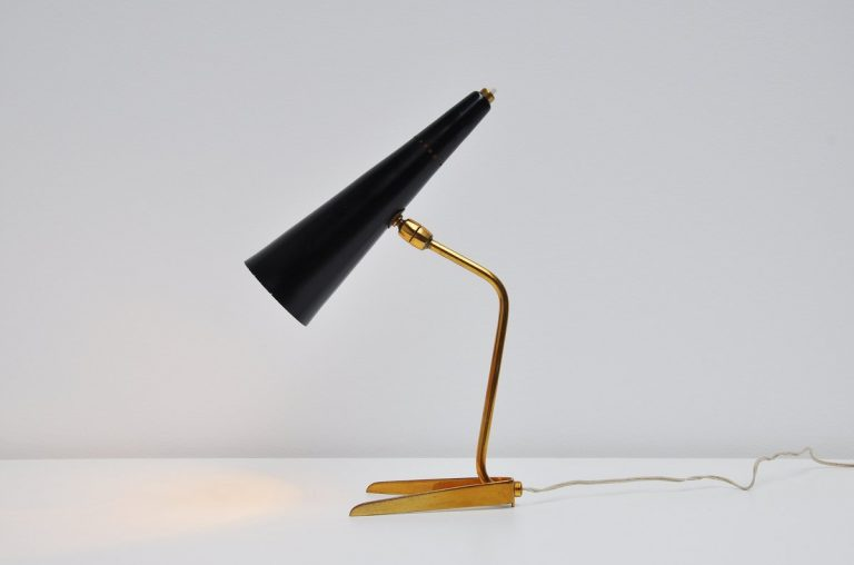 Stilux table lamp in brass Italy 1950