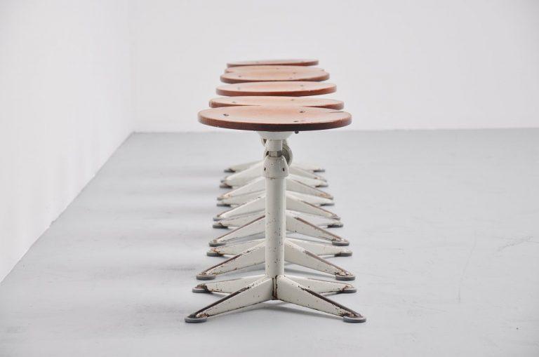 Friso Kramer stools set Ahrend de Cirkel 1960