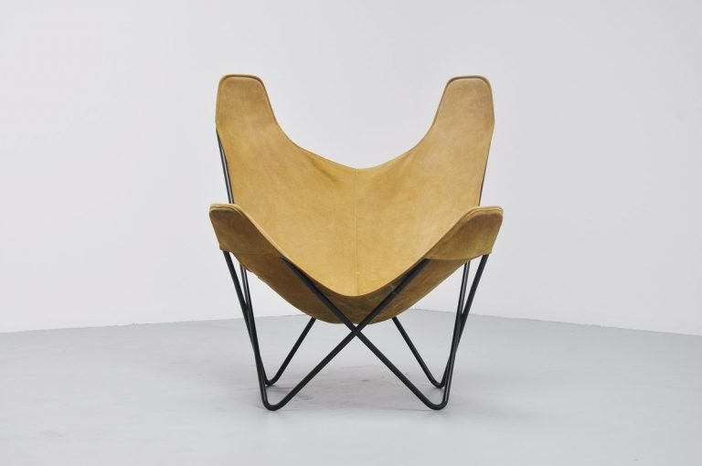 Butterfly chair by Jorge Hardoy Ferrari for Knoll USA 1970