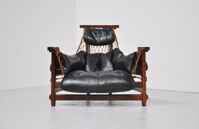 Jean Gillon Captains chair Wood art Brazil 1960