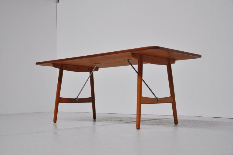 Borge Mogensen hunting table Soborg 1950
