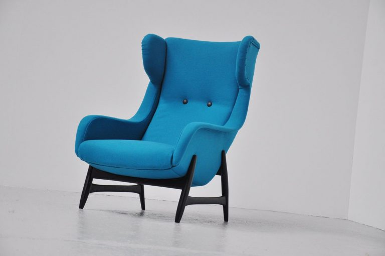 Papa bear easy chair by Artifort Dux Holland 1950