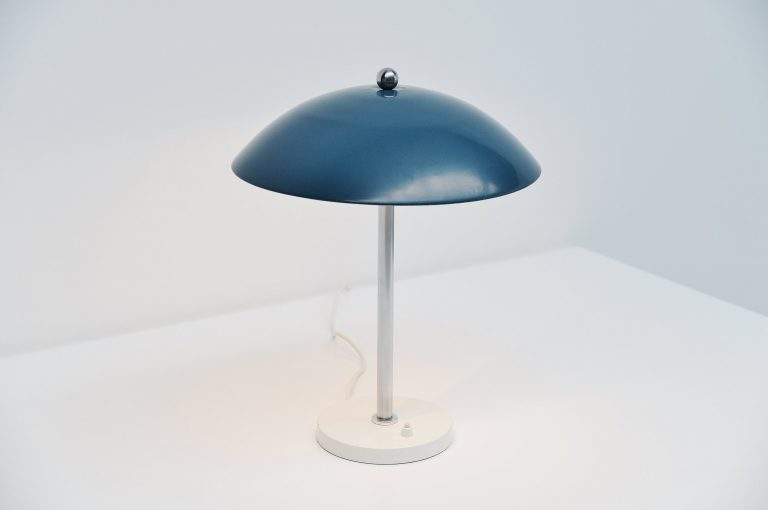 Wim Rietveld mushroom table lamp blue Gispen 1950