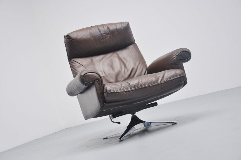 De Sede DS31 swivel lounge chair Switzerland 1970