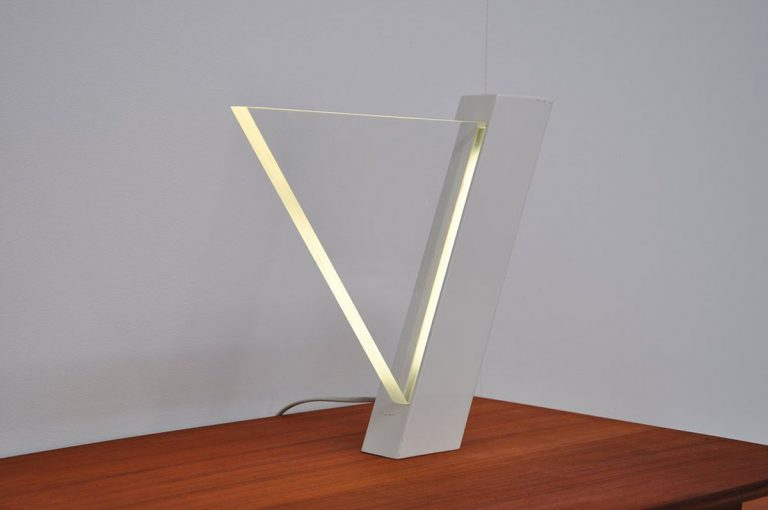 Lucite table lamp by Peter Schreuder Goedheijt, indoot 1979