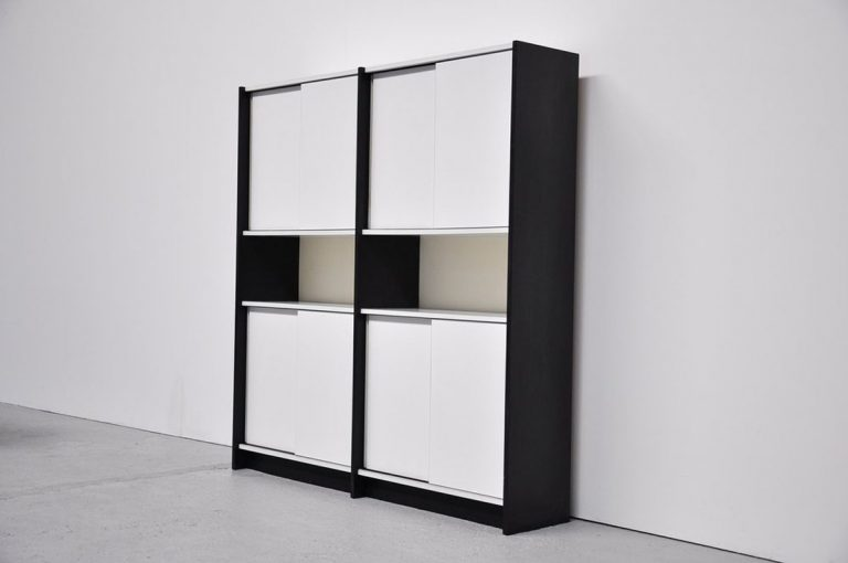 Martin Visser WW70 bookcase for 't Spectrum 1965