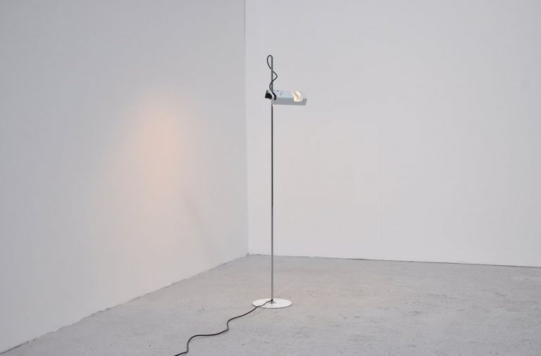 Joe Colombo Spider floor lamp Oluce 1964