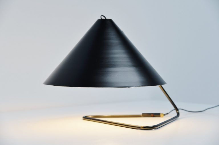 Paolo Tilche Artform table lamp Italy 1959