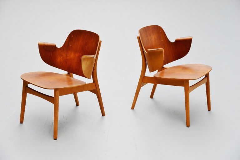 Hans Olsen lounge chairs model 107 Bramin Denmark 1950