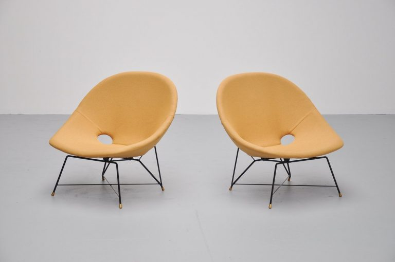 Augusto Bozzi Cosmos lounge chairs for Saporiti Italia 1954