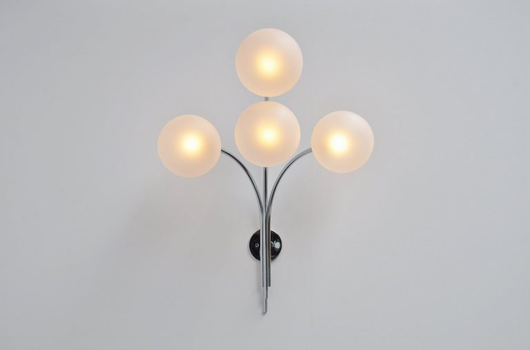 Sergio Asti wall lamp model 257 for Arteluce 1966