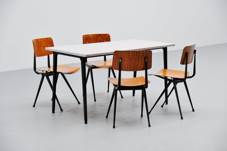 Reform table Friso Kramer for Ahrend de Cirkel 1955