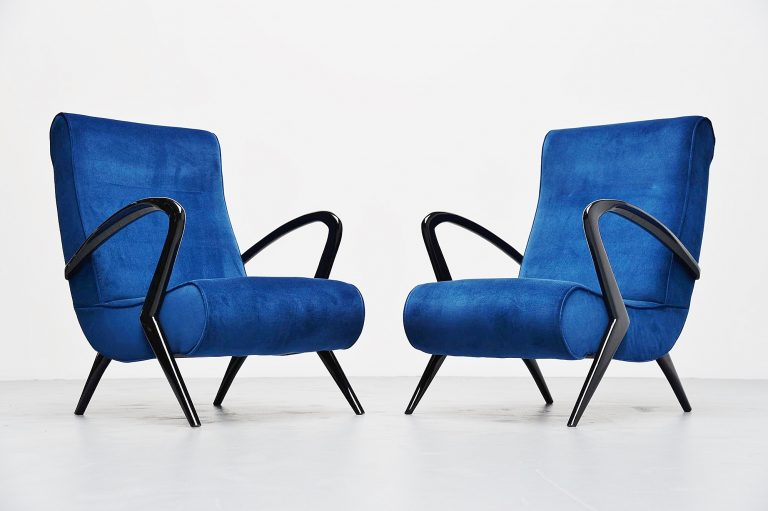 Italian lounge chairs in the manner of Gio Ponti 1950