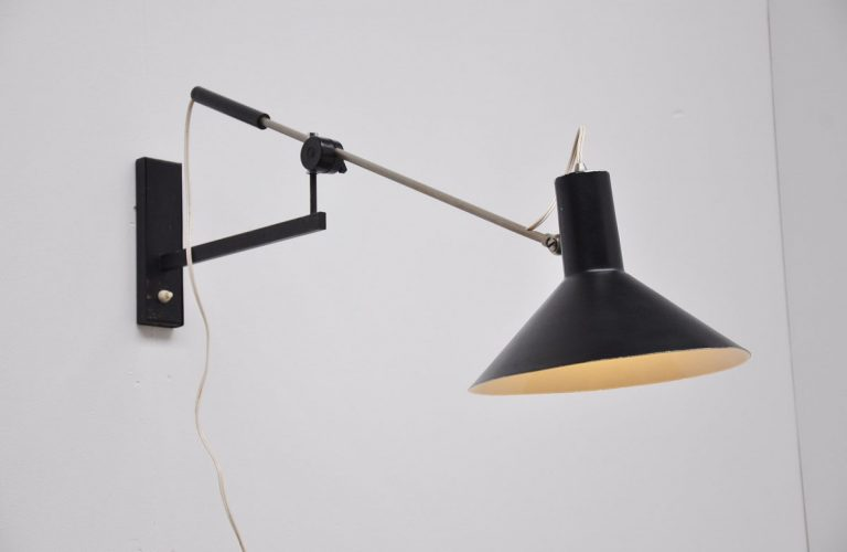 Anvia Hoogervorst wall lamp 1960