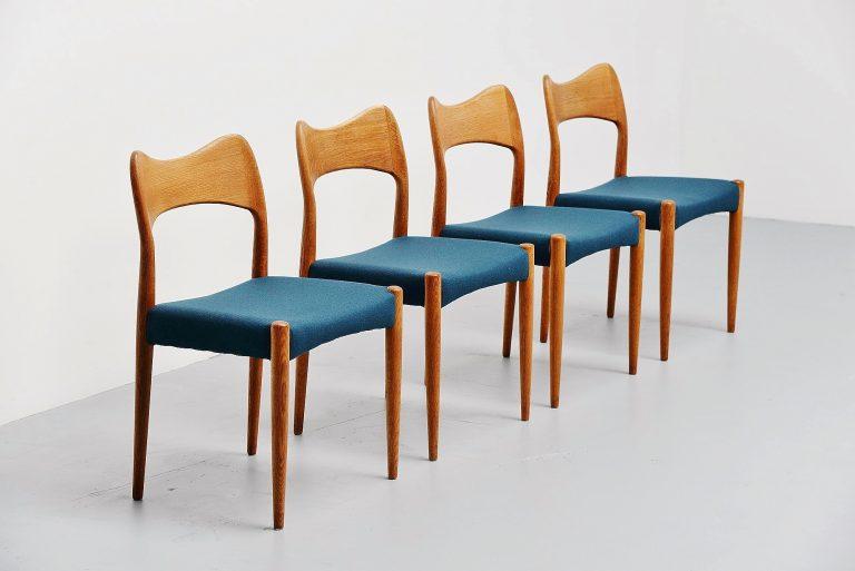 Arne Hovmand Olsen Mogens Kold dining chairs Denmark 1960