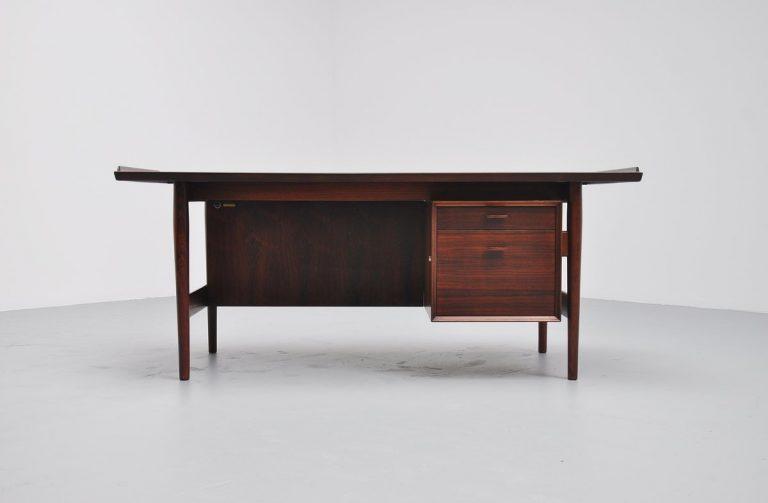 Arne Vodder rosewood desk by Sibast Mobler 1960