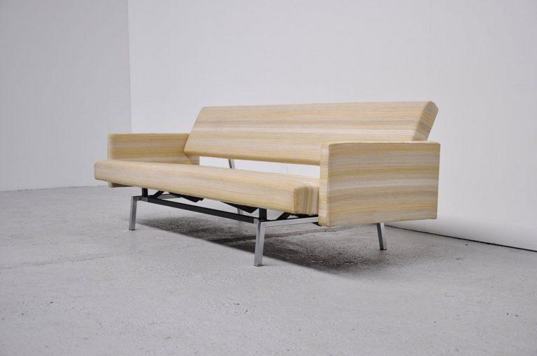 Martin Visser sofa BR33 't Spectrum 1961