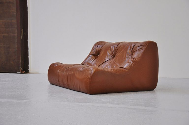 Ligne Roset Kali lounge sofa in brown leather 1970