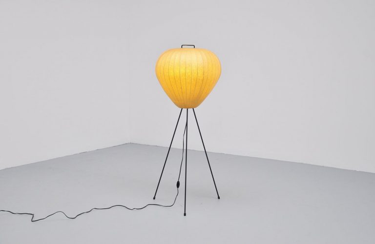 Dutch cocoon lamp in the manner of Noguchi, 1950