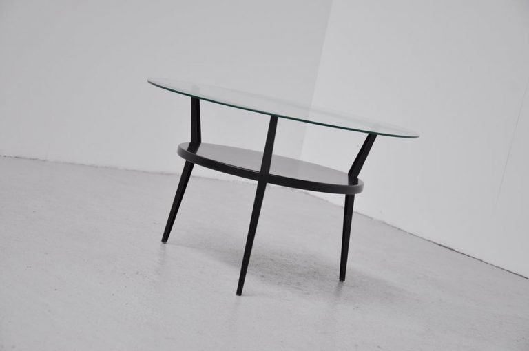 Friso Kramer Rotonde table Ahrend 1959