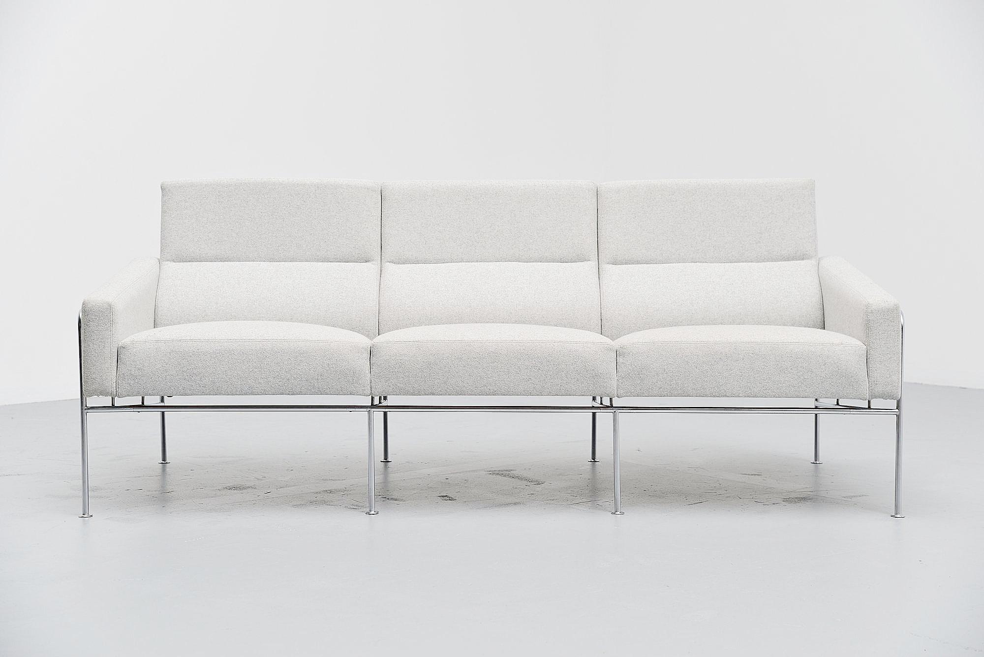 arne jacobsen sofa model 3300 3 fritz hansen denmark 1957 massmoderndesign