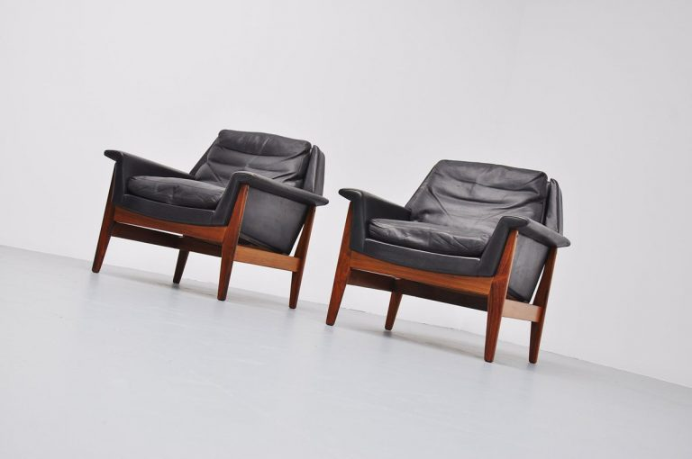 Bovenkamp lounge chairs pair in black leahter 1960