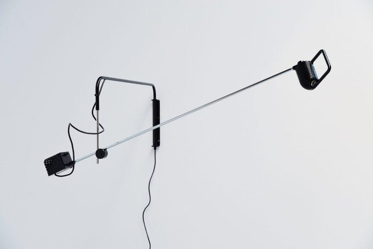 Stilnovo maniglia wall lamp de Pas d'urbino Lomazzi 1973