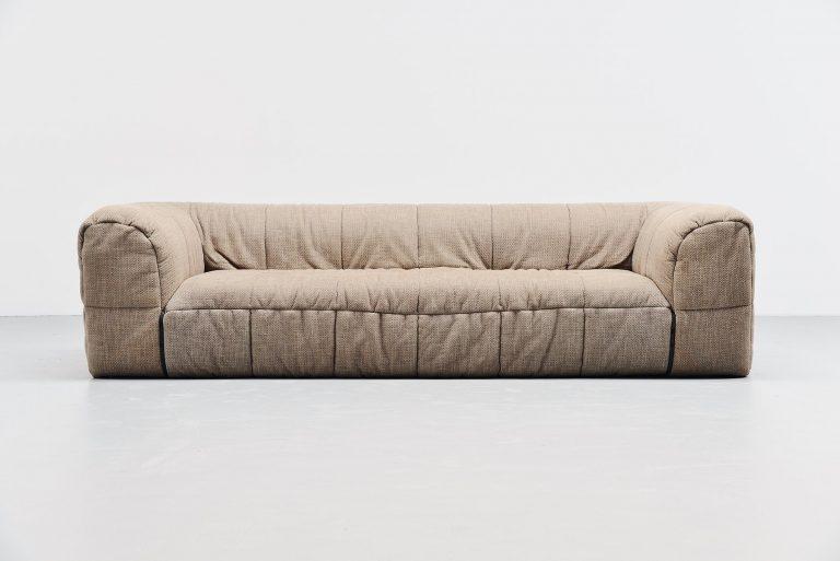 Cini Boeri strips lounge sofa Arflex italy 1972