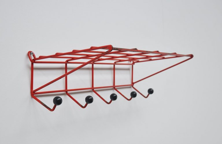 Friso Kramer DH05 coat rack 't Spectrum 1954