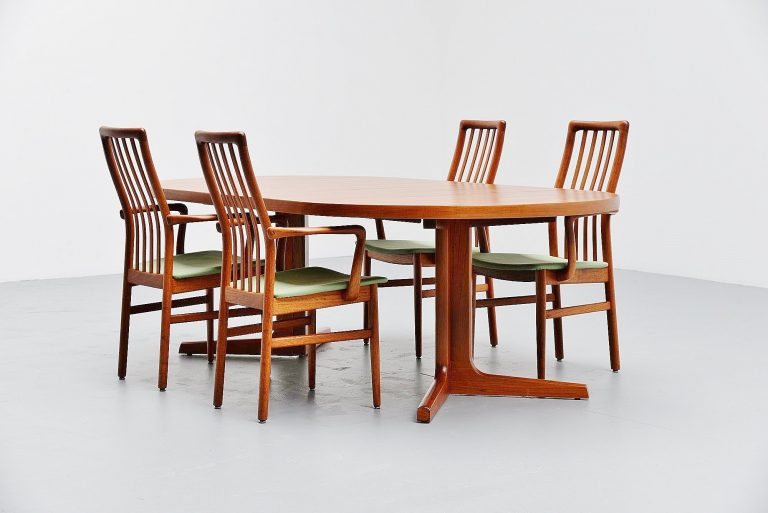 Teak oval dining table AM Mobler Denmark 1960