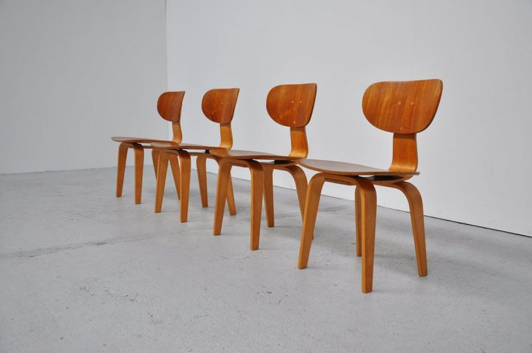 Pastoe SB02 dining chairs UMS 1952