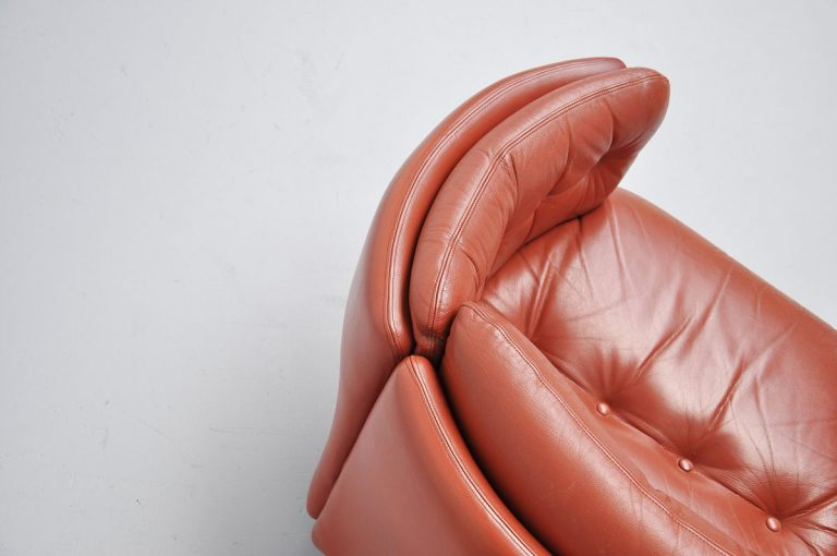 Danish leather shrimp club chair 1960
