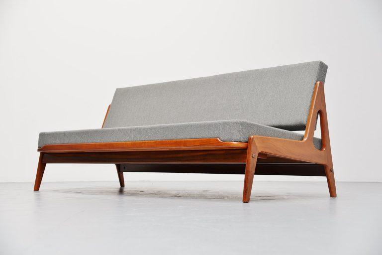 Arne Wahl Iversen daybed sofa for Komfor Denmark 1960