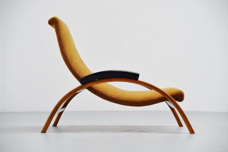 Unusual Italian lounge chair adjustable 1950