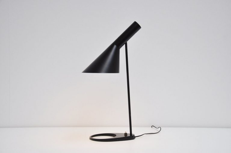 Arne Jacobson Visor desk lamp, Louis Poulsen 1958