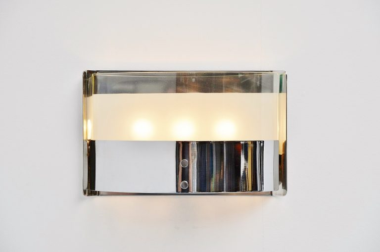 Luigi Caccia Dominioni chrome wall lamp Azucena 1960