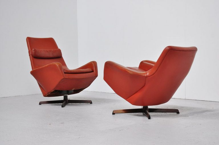 Bovenkamp IB Kofod Larsen leather lounge chairs 1960
