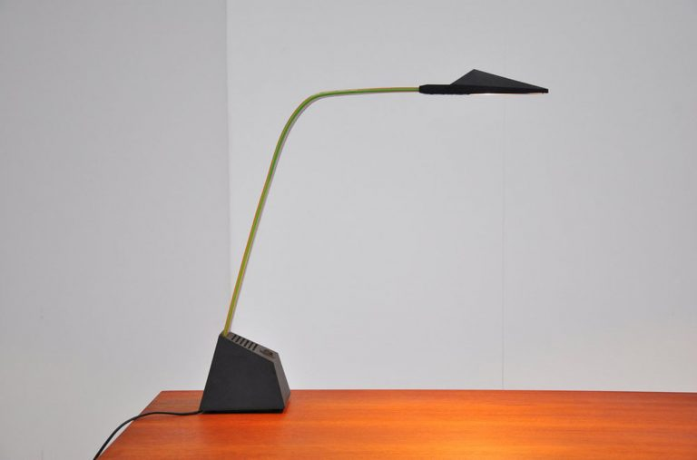 Stilnovo Alberto Frasier Nastro desk lamp 1983