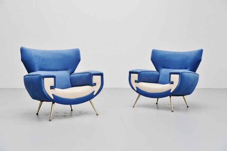 Large Italian club chairs in velvet upholstery Italy 1960
