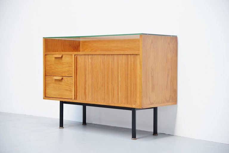 Hein Salomonson small showcase cabinet AP 1958
