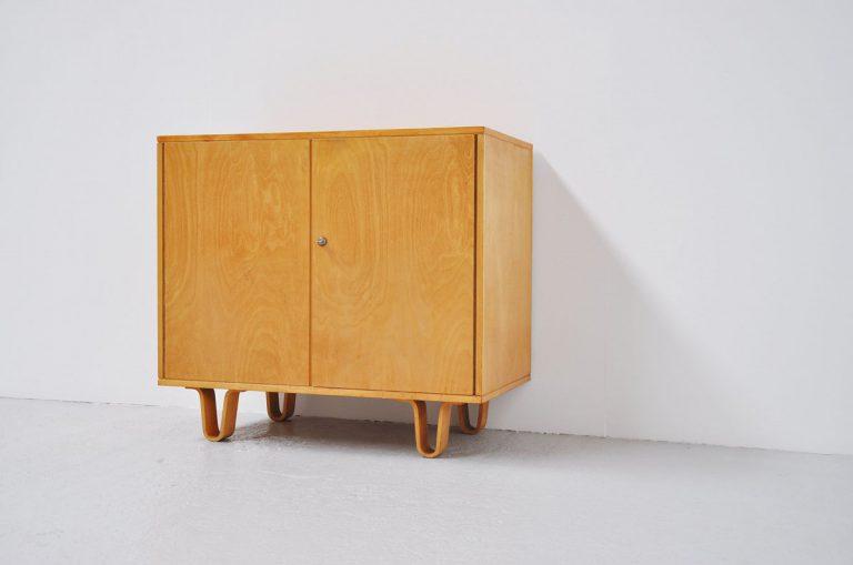 Pastoe Cees Braakman beech cabinet 1950
