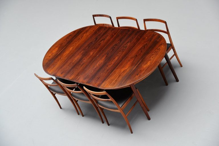 Arne Vodder oval rosewood dining table Sibast 1955